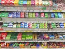 CHIANG RAI, ТАИЛАНД - 28-ОЕ ОКТЯБРЯ: различная жевательная резина i бренда Стоковая Фотография RF