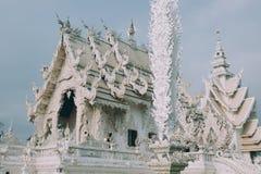 03 04 2017, Chiang Rai, Таиланд; Туристическое место Wat Rong Khun, t Стоковые Фотографии RF