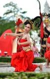 Chiang Rai - 24. Juli:  Wat Rong Khun am 24. Juli 2013 genommen. Thailändisch Stockfotografie