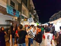 CHIANG RAI, TAILÂNDIA - 11 DE NOVEMBRO: jovens não identificados o Imagem de Stock Royalty Free