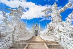 Chiang Rai, Tailandia, Asia: Wat Rong Khun-White Temple, señal de Chiang Rai imagen de archivo libre de regalías
