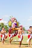 CHIANG RAI, TAILANDIA - 19 DE SEPTIEMBRE: gente no identificada partic Fotografía de archivo libre de regalías