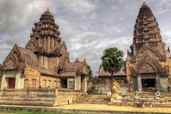 Chiang Rai Thailand, 6 Juni 2014 - övergiven Spa byggnad Royaltyfri Foto
