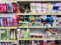 CHIANG RAI, THAILAND - NOVEMBER 25: divers merk van skincare Royalty-vrije Stock Foto