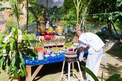 CHIANG RAI THAILAND - SEPTEMBER 1: oidentifierad man i traditi Royaltyfri Bild