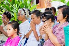 CHIANG RAI THAILAND - SEPTEMBER 1: oidentifierat ta för folk Royaltyfria Foton