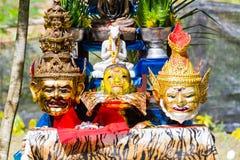 CHIANG RAI THAILAND - SEPTEMBER 1: uppsättning av altaretabellen i ancie Royaltyfri Foto