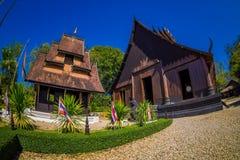 CHIANG RAJA TAJLANDIA, LUTY, - 01, 2018: Ludzie wchodzić do Baan tamy czerni Muzealny dom, Baan tama są Chiang Raja Obraz Royalty Free