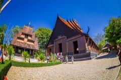 CHIANG RAJA TAJLANDIA, LUTY, - 01, 2018: Niezidentyfikowani ludzie wchodzić do Baan tamy czerni Muzealny dom, jeden Obraz Stock