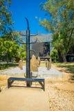 CHIANG RAJA TAJLANDIA, LUTY, - 01, 2018: Plenerowy widok dużo uzbrajać w rogi nad drewnianą strukturą w Baandam muzeum czerni Zdjęcia Stock