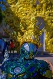 CHIANG RAJA TAJLANDIA, LUTY, - 01, 2018: Zamyka up Wat Rong Khun: Odprasowywa mężczyzna rzeźbę Fotografia Stock