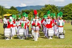 CHIANG RAJA TAJLANDIA, WRZESIEŃ, - 19: niezidentyfikowana orkiestra marsszowa zdjęcie royalty free