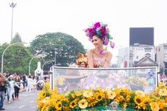 CHIANGMAI,泰国- 2月3 :玛丽亚Poonlertlarp,环球小姐年鉴42th清迈花节日的泰国2017年,在Fe 免版税库存照片