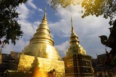 CHIANGMAI, ТАИЛАНД - 17-ОЕ ФЕВРАЛЯ 2019: Пагода в Wat Phra Singh в Chiangmai, Таиланде Wat Phra Singh известный буддист стоковое изображение