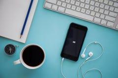 CHIANGMAI, ΤΑΪΛΑΝΔΗ - 17 ΜΑΡΤΊΟΥ 2016: Iphone 6 της Apple που επιδεικνύει το Μ Στοκ εικόνες με δικαίωμα ελεύθερης χρήσης