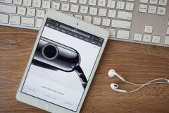 CHIANGMAI, ΤΑΪΛΑΝΔΗ - 8 Φεβρουαρίου 2015: Ιστοχώρος υπολογιστών της Apple Στοκ φωτογραφίες με δικαίωμα ελεύθερης χρήσης
