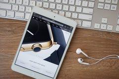 CHIANGMAI, TAILÂNDIA - 8 de fevereiro de 2015: Web site dos Apple Computer Fotografia de Stock Royalty Free