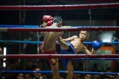 CHIANGMAI TAILÂNDIA 30 DE JULHO: Jogadores não identificados em Muaythai Fotos de Stock Royalty Free