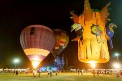 CHIANGMAI, TAILÂNDIA, O 4 DE MARÇO DE 2016: Balão do international de Tailândia Imagens de Stock Royalty Free