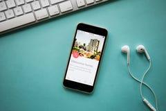 CHIANGMAI, TAILANDIA - 26 de agosto de 2016: Foto del ingenio del dispositivo del iPhone Fotos de archivo libres de regalías