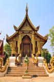 CHIANGMAI, TAILANDIA - 30 DE NOVIEMBRE: Edificio de Wat Chedi Ngam y Fotos de archivo