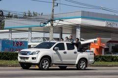 Chiangmai, Tailandia - 5 de noviembre de 2018: Isuzu Dmax Pickup Truck privada En el camino ningún 1001 8 kilómetros de la ciudad imágenes de archivo libres de regalías