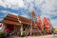 CHIANGMAI-THAILAND; En septiembre 05,2014; Mucha gente para unirse a festival de la ceremonia religiosa Fotografía de archivo libre de regalías