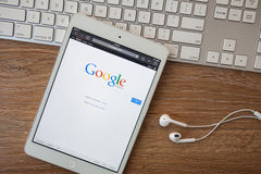 CHIANGMAI, THAILAND - Februari 8, 2014: Google is een Amerikaanse mul Royalty-vrije Stock Foto's