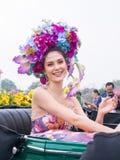 CHIANGMAI THAILAND - FEBRUARI 3: Maria Poonlertlarp fröcken Universe Thailand 2017 i ettåriga växten 42. Chiang Mai Flower Festiv Royaltyfria Foton