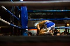 CHIANGMAI, THAILAND - JULI 30: De niet geïdentificeerde Thaise vechters c van Muay Stock Afbeelding