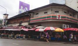 CHIANGMAI, THAILAND - 26. Juli 2017: Warorot-Markt, Chiang Mai, Thailand Stockbilder