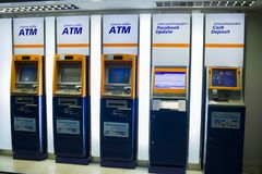 CHIANGMAI, 3,2019 THAILAND-MEI: ATM van de Bank van Bangkok stock afbeelding