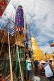 CHIANGMAI-THAILAND; Na SEP 05,2014; Wiele ludzie łączyć obrządu religijna festiwal Fotografia Stock