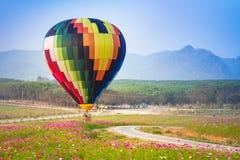 CHIANGRAI, ТАИЛАНД - 13-ое февраля: Международная фиеста 2016 воздушного шара, 13-ое февраля 2016 в парке Singha, CHIANGRAI, ТАИЛ Стоковое Фото