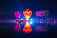 CHIANGRAI, ТАИЛАНД - 13-ое февраля: Международная фиеста 2016 воздушного шара, 13-ое февраля 2016 в парке Singha, CHIANGRAI, ТАИЛ Стоковая Фотография