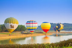 CHIANGRAI, THAILAND - 13. Februar: Internationale Ballon-Fiesta 2016, am 13. Februar 2016 in Singha-Park, CHIANGRAI, THAILAND Lizenzfreie Stockfotos
