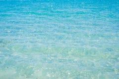 Chiara acqua in Alghero fotografie stock