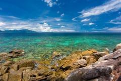 Chiaro cielo della radura del mare Fotografie Stock Libere da Diritti