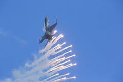 Chiarori tattici moderni della fucilazione dell'aereo da caccia Fotografie Stock