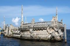 Chiatta di pietra del frangiflutti al museo di Vizcaya Fotografia Stock Libera da Diritti