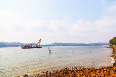 Chiatta indiana sul fiume, Goa Fotografie Stock Libere da Diritti