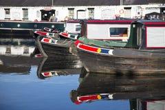 Chiatte del canale alla giunzione di Norbury nello Shropshire, Regno Unito fotografie stock