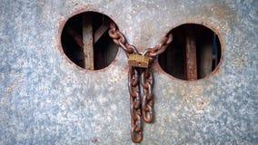 Chiave d'acciaio della catena dello zinco della ruggine Fotografia Stock