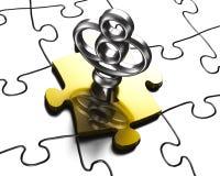 Chiave d'argento con la rappresentazione dorata del pezzo 3D di puzzle Immagini Stock Libere da Diritti