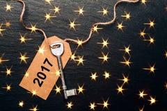 Chiave del metallo con un'etichetta da 2017 anni Fotografie Stock