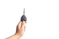 Chiave dell'automobile della tenuta della mano Fotografia Stock Libera da Diritti