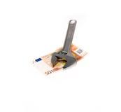 Chiave ed euro isolati su bianco Fotografia Stock Libera da Diritti