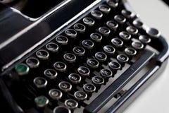 Chiave invecchiata della macchina da scrivere Fotografie Stock Libere da Diritti