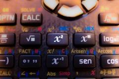 Chiave quadrata della tastiera di un calcolatore scientifico fotografia stock