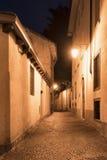 Chiavenna et x28 ; Sondrio, Italy& x29 ; par nuit Images stock